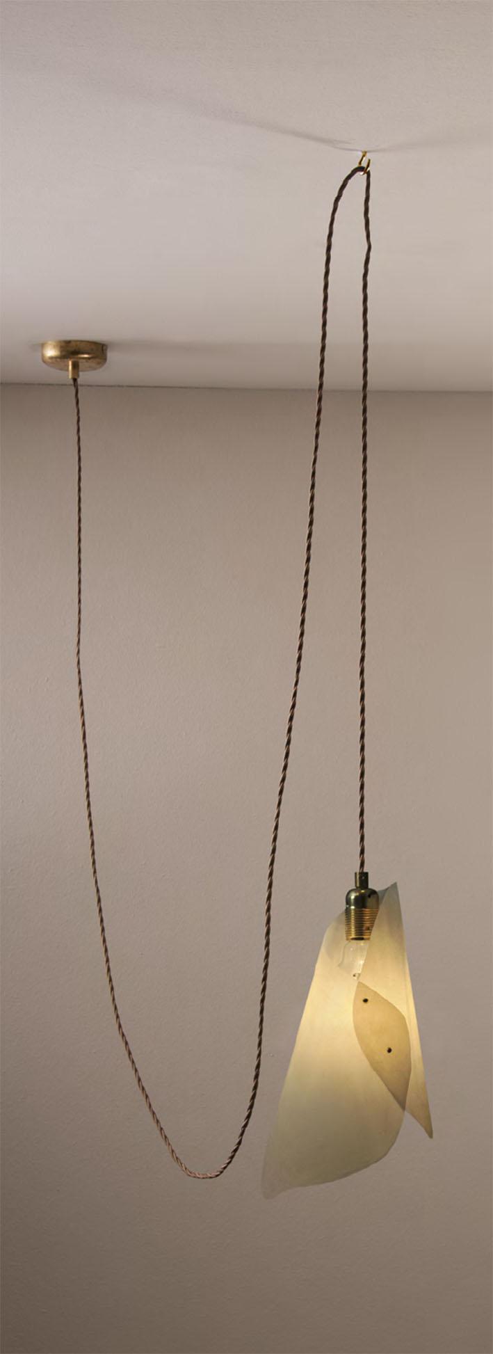Camerette Ultramoderne : Sideform accessorio nudo ottone cromo vestito pergamena