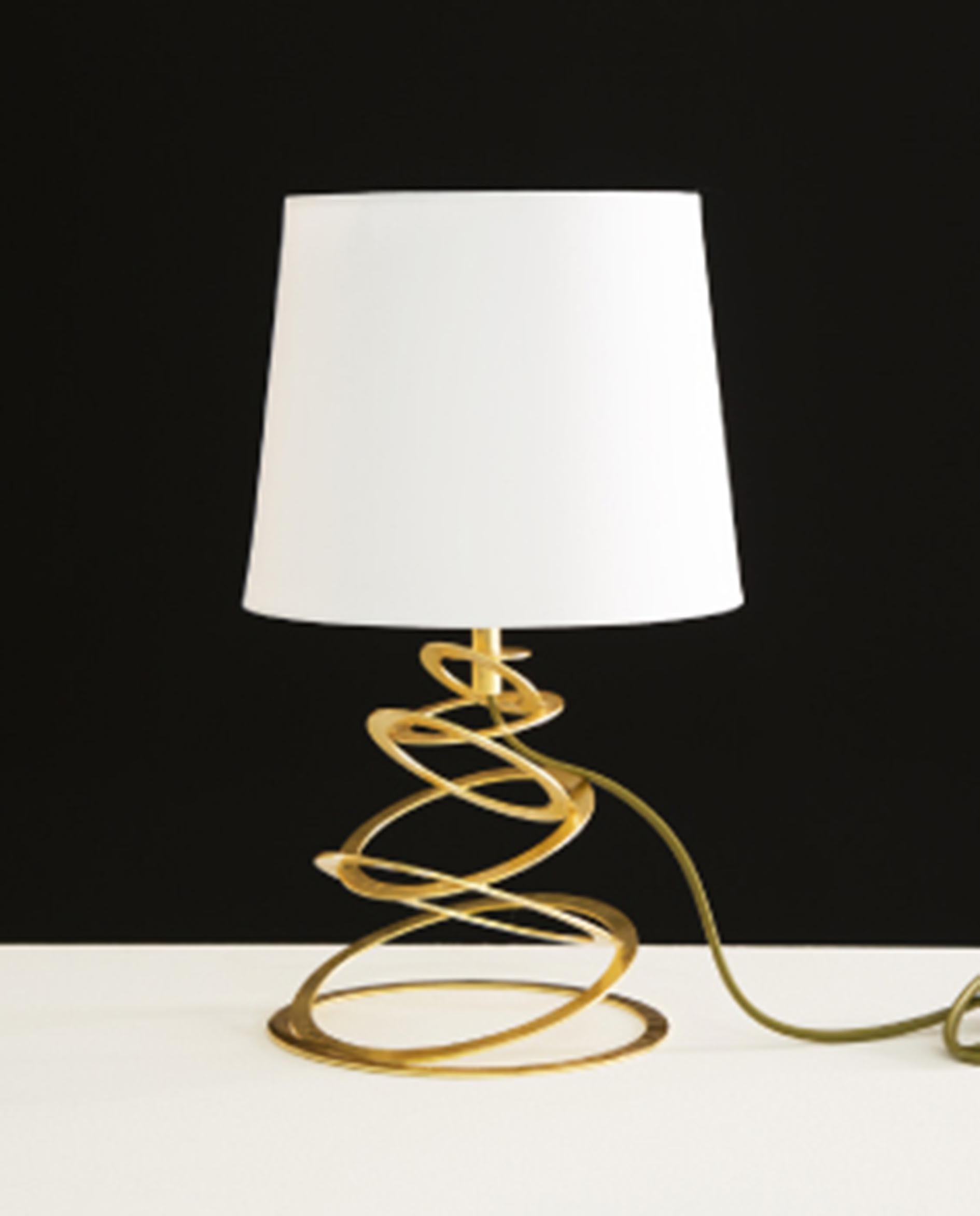 Tavolino bianco lucido for Dalani lampade
